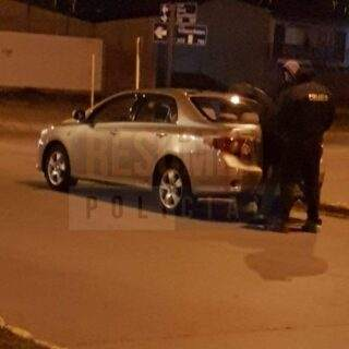 Detuvieron a dos sujetos con cocaína tras evadir un control de tránsito
