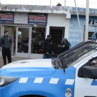 NEUQUÉN: Ni la lluvia frena a los chorros: se robaron $200 mil en baterías