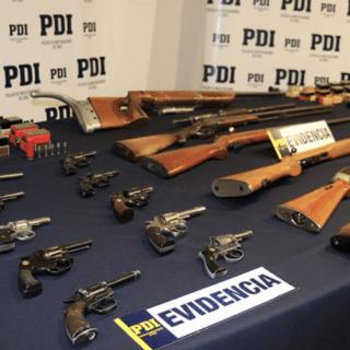 PTA. ARENAS: La PDI sacó de circulación numerosas armas y municiones irregulares