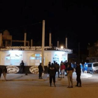 PTO. MADRYN: Entraron a robar a una panadería y en la esquina estaba la Policía