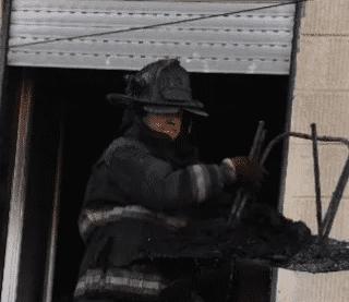 CALETA OLIVIA: Una nena jugaba con un encendedor y provocó un incendió en un departamento del Barrio 2 de Abril