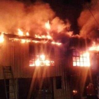 PTA. ARENAS: Al menos diez damnificados dejó dantesco incendio
