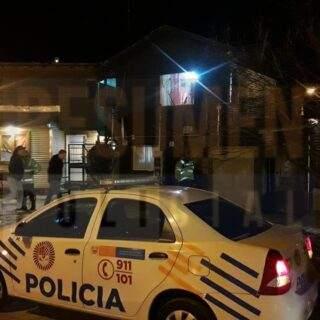 Un hombre recibió una brutal golpiza dentro de su domicilio, fue trasladado en ambulancia al hospital