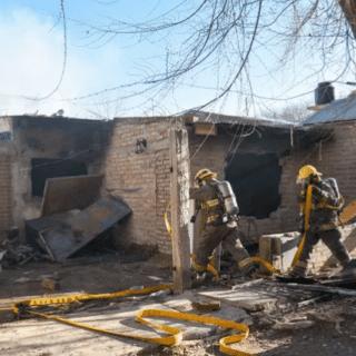 NEUQUÉN: Valentina Sur: le quemaron la casa a una familia para echarla del barrio