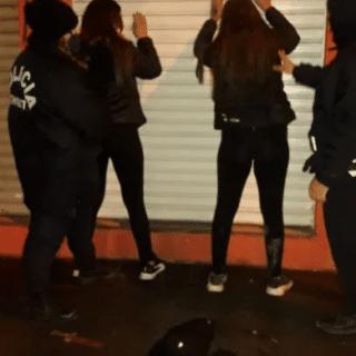CDRO. RIVADAVIA: Sorprendieron a dos jóvenes con una barreta y tres cuchillos