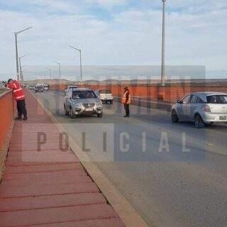 Un hombre tomó conocimiento por Resumen Policial de la búsqueda en el puente Mosconi y se presentó ante la Policía para asegurar que era el peatón de ayer a la madrugada
