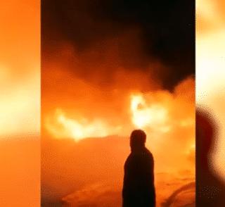 PTA. ARENAS: Incendio de proporciones consumió parte de las dependencias de Forestar Russfin