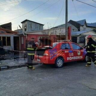 Peritajes y testimonios apuntan a un calefactor y un colchón como posible inicio del fuego que afectó 8 viviendas y 2 pequeños galpones