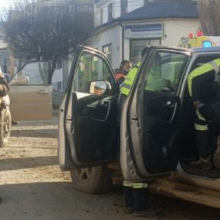 PTA. ARENAS: Dos mujeres lesionadas deja fuerte colisión en el centro