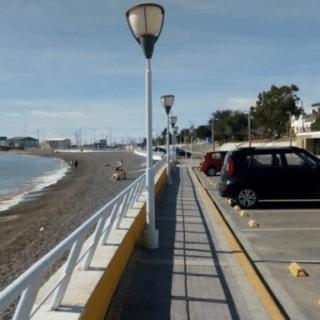 CDRO. RIVADAVIA: Salió a pasear con su perro y encontró el cadáver de un bebé en la costanera