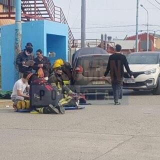Violento accidente de tránsito protagonizado por un delivery contra otros 2 automóviles