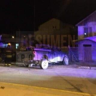 Un conductor detenido en estado de ebriedad tras chocar su camioneta sobre la Perón