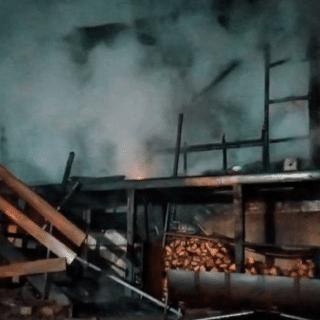 PTA. ARENAS: Inician campaña para familia de bomberas que perdió todo en voraz incendio
