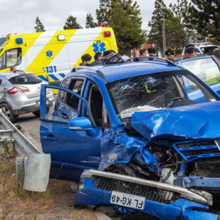 """PTA. ARENAS: """"Portonazo"""" terminó con persecución y accidente de tránsito"""