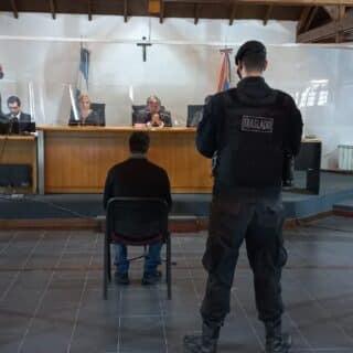 Imputados por robo agravado por asalto a un comercio de Ushuaia se defendieron y hoy habrá veredicto
